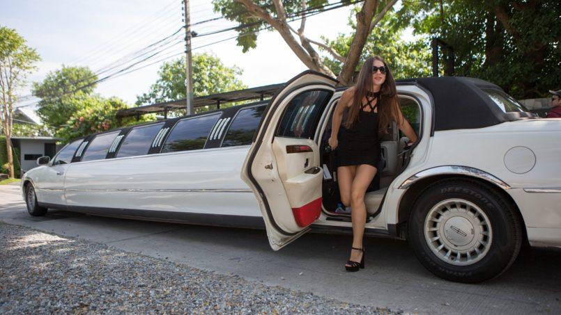 limousine pattaya